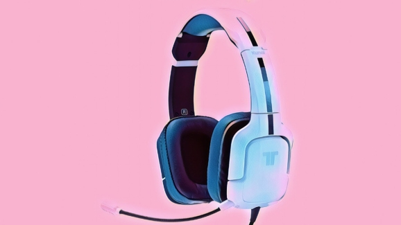 The Tritton Kunai Pro gaming headset.