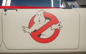 Ghostbusters in Planet Coaster.