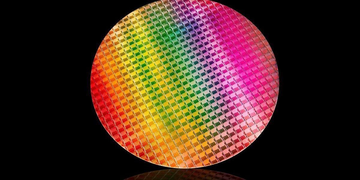 10th Gen Intel Core processors are made on a 10-nanometer process.