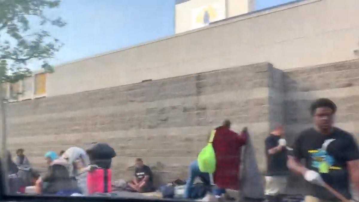 Homelessness amid prosperity in Los Angeles' tech boom – USA