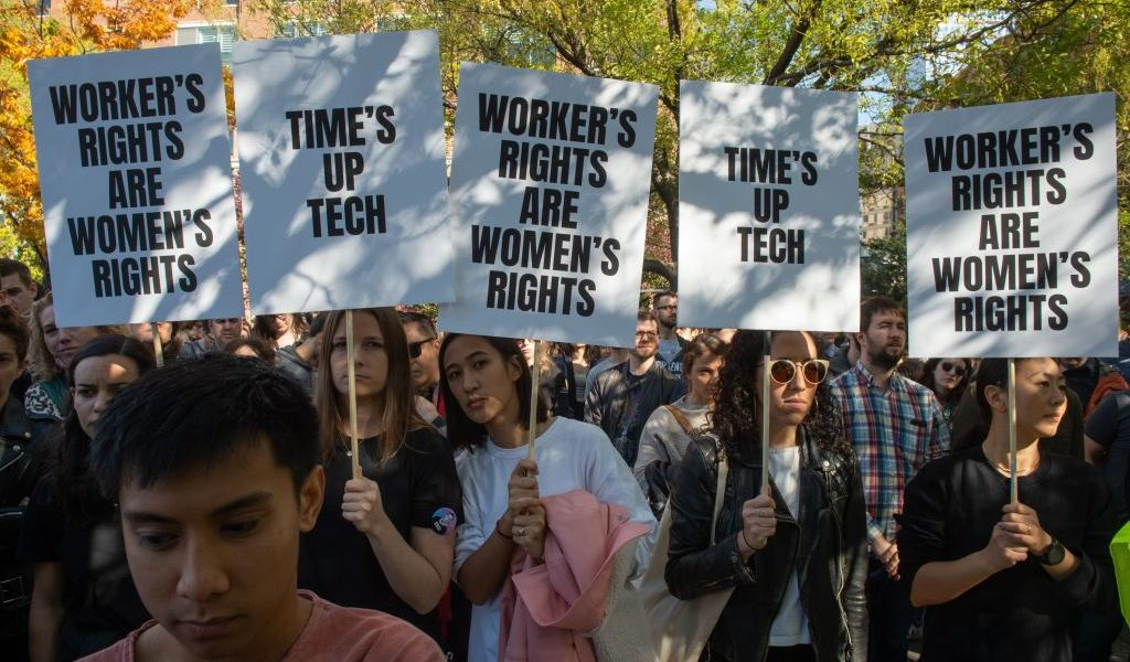 Google employees stage a walkout on November 1, 2018, in New York, over sexual harassment. - A Google Walkout For Real Change account that sprang up on Twitter on October 31 called for employees and contractors to leave their workplaces at 11:10am local time around the world on Thursday. Tension has been growing over how the US-based tech giant handles sexual harassment claims. (Photo by Bryan R. Smith / AFP)