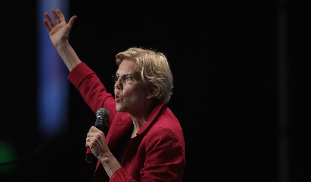 Democratic presidential candidate Senator Elizabeth Warren (D-MA) speaks at the Iowa Democratic Party's Hall of Fame Dinner on June 9, 2019 in Cedar Rapids, Iowa. Nearly all of the 23 Democratic candidates running for president were campaigning in Iowa this weekend.