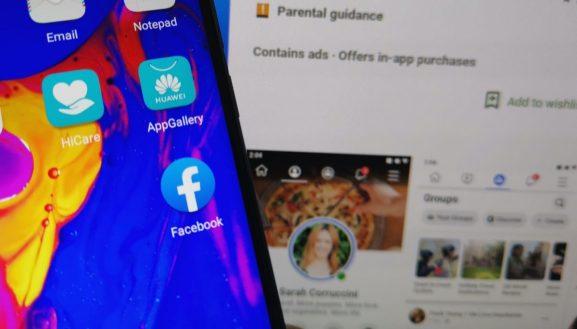 Facebook app pre-installed on Huawei Honor smartphone