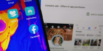 Facebook app pre-installed on Huawei Honor smartphone