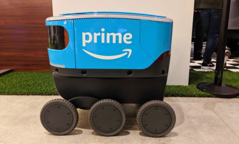 Amazon trains Scout with highly accurate recreations of real world neighborhoods
