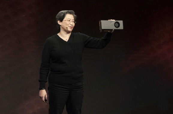 Lisa Su, CEO of AMD, shows off the 7-nanometer Navi GPU.