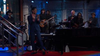 Jon Batiste lays down excellent Legend of Zelda cover on 'Late Show