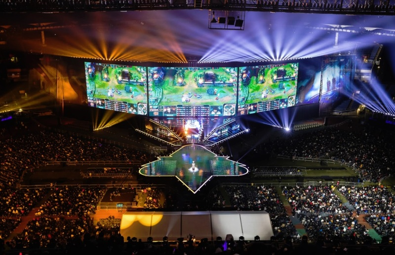 SuperData: League of Legends, Fortnite, and Honor of Kings