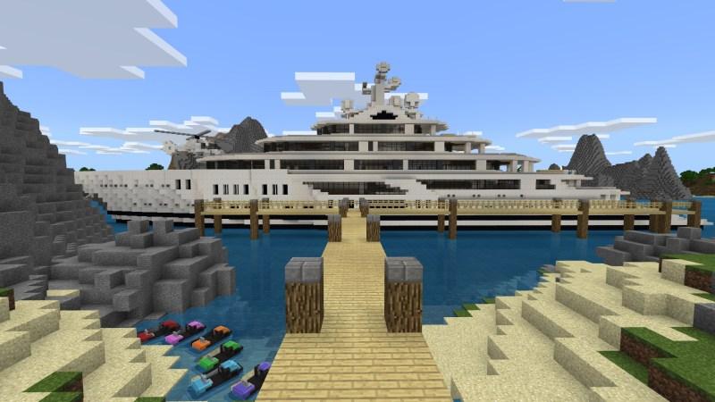 10. Millionaire's Luxury Boat