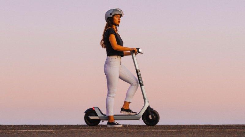 Bird Two escooter
