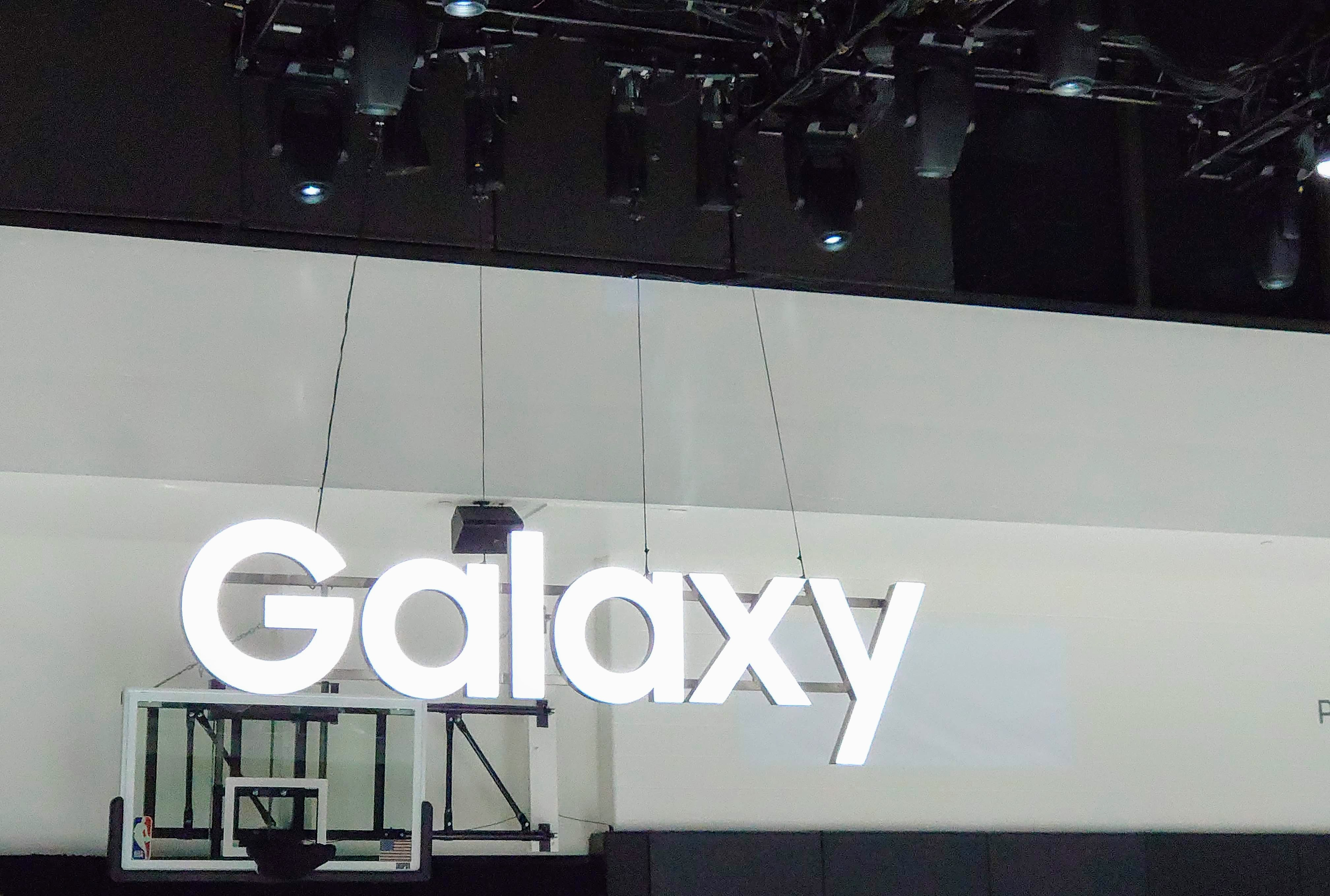 Gartner: Samsung and Huawei sold one-third of phones in Q2