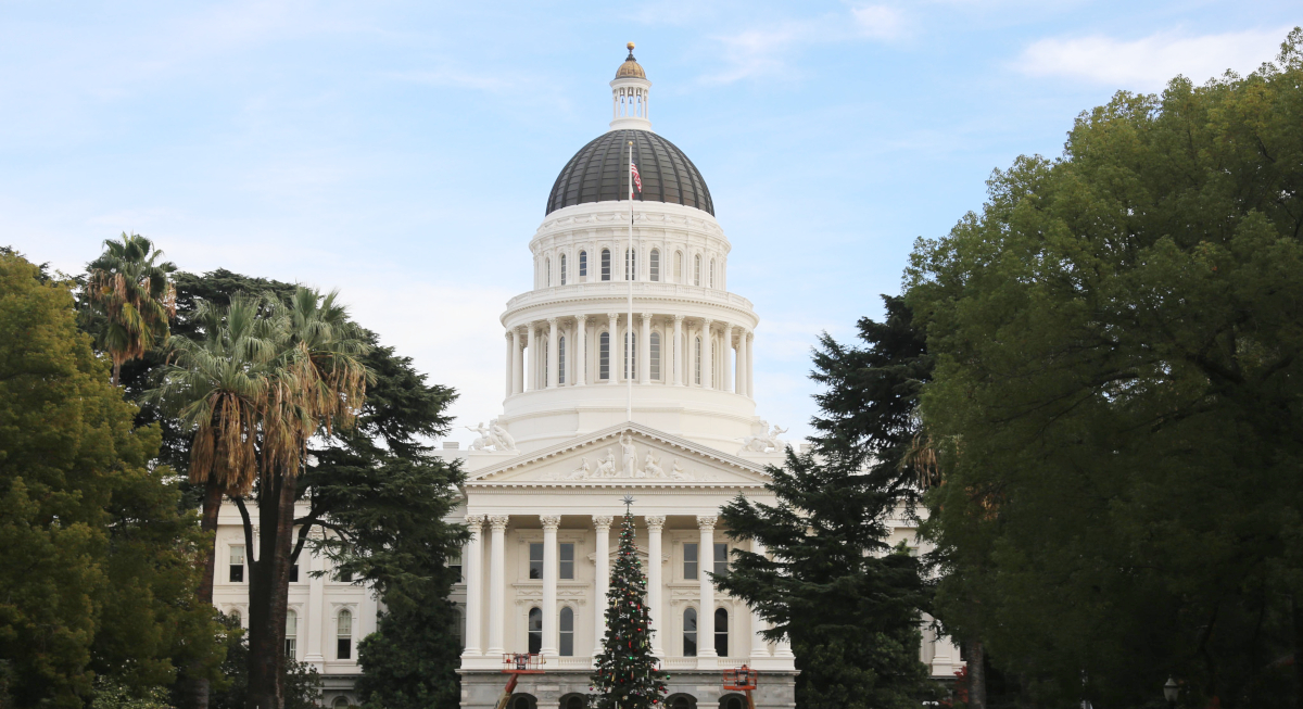 photo of California Senate passes bill to define more gig economy workers as employees image
