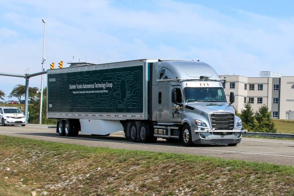 Daimler driverless trucks