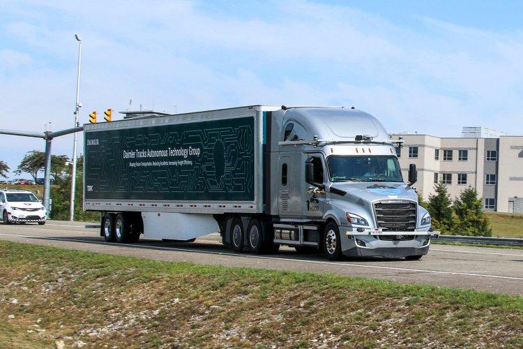 Daimler driverless trucks