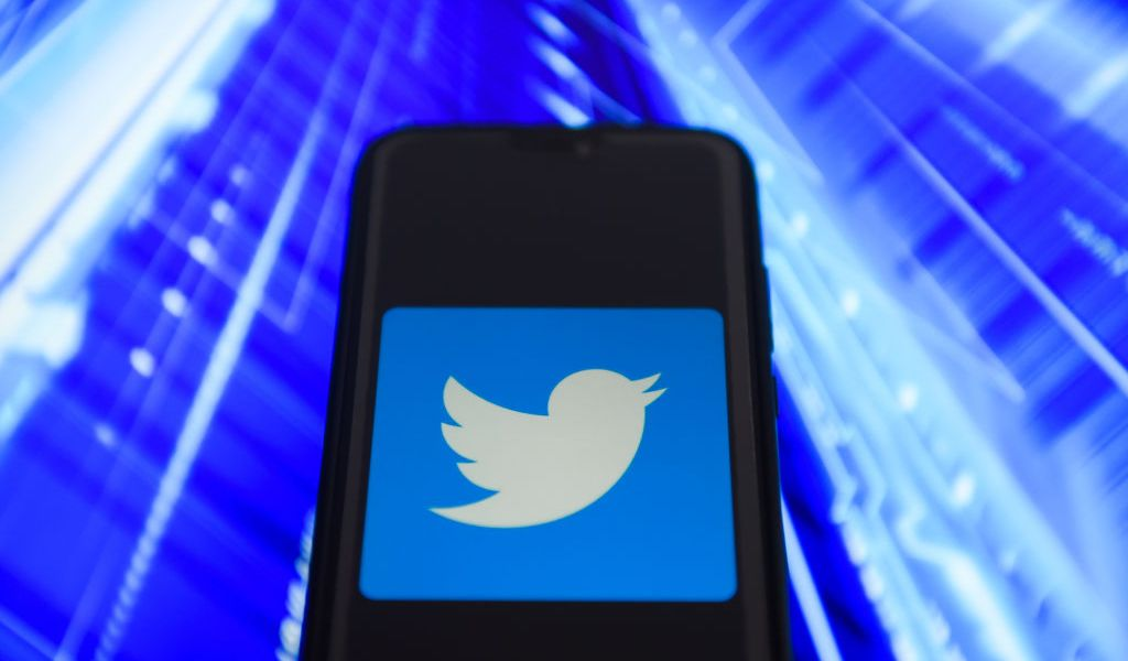 KRAKOW, POLAND - 2018/09/01:  In this photo illustration, the Twitter logo is seen displayed on an Android mobile device. (Photo Illustration by Omar Marques/SOPA Images/LightRocket via Getty Images)