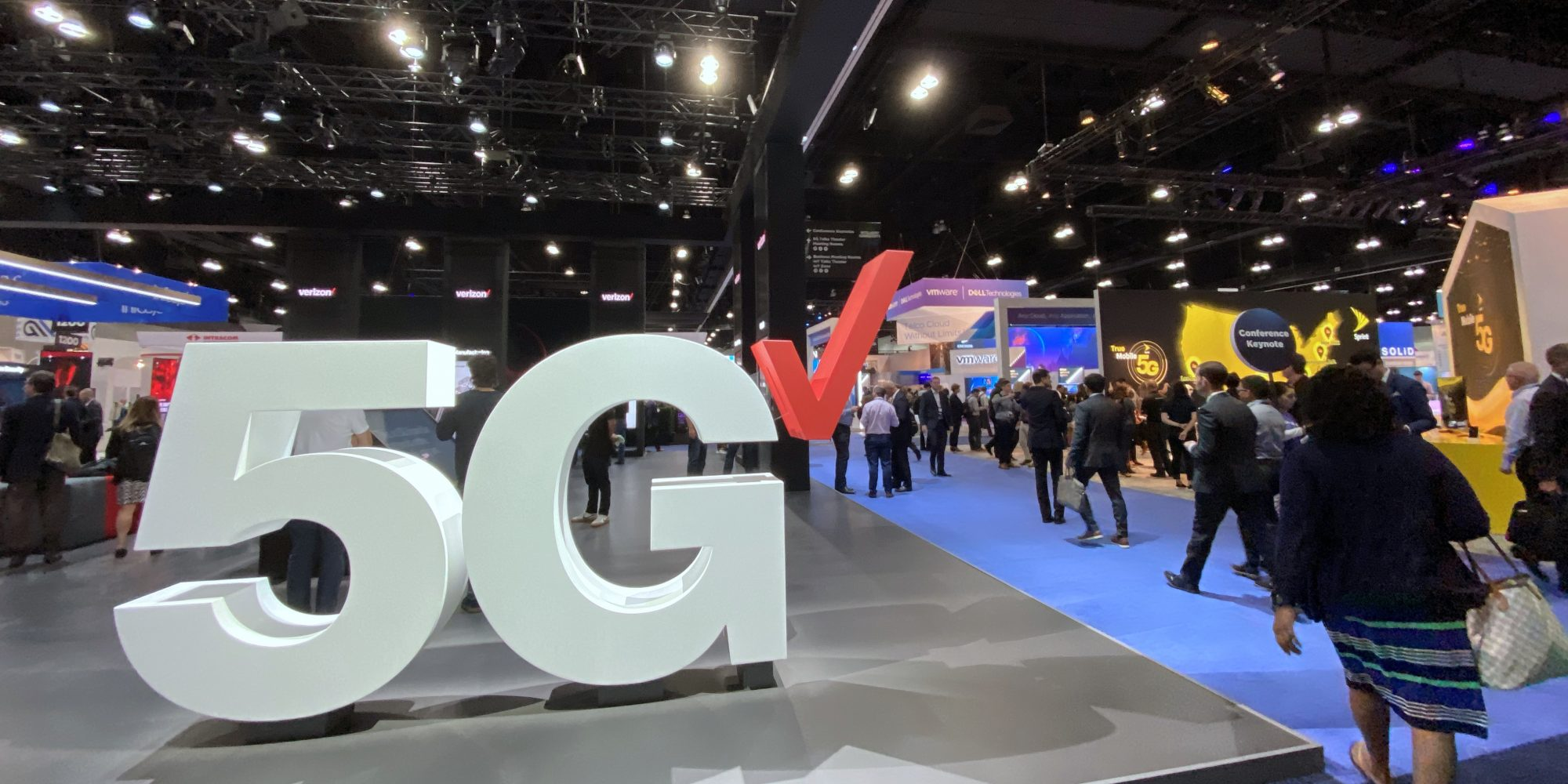 Verizon's 5G network covers parts of 31 cities, matching 2019 goal
