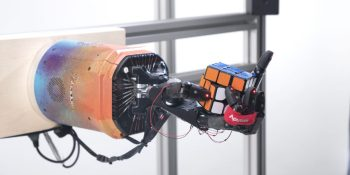 OpenAI teaches a robotic hand to solve a Rubik's cube