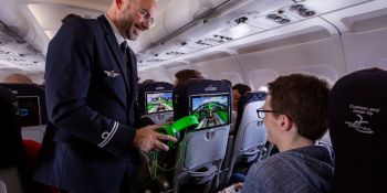 Air France and Oledcomm partner on first commercial flight with Li-Fi