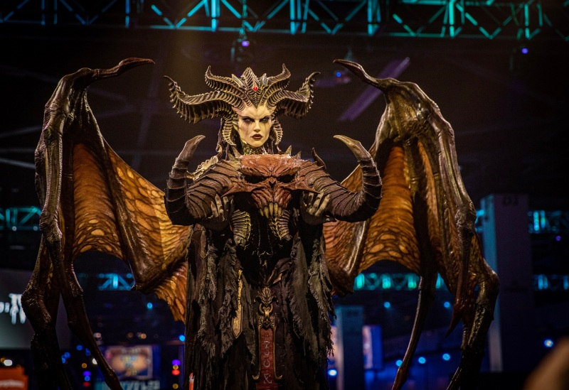 A statue of Diablo IV's Lillith from BlizzCon 2019.