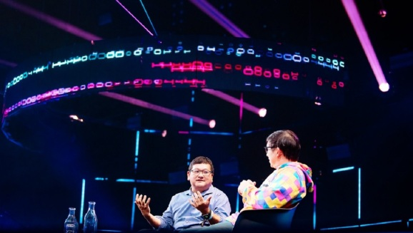 Dean Takahashi of GamesBeat interviews Kevin Lin of Twitch at Slush in Helsinki.