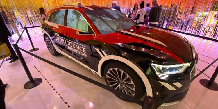 An Audi Q5 equipped with advanced transparent window displays at CES 2020.