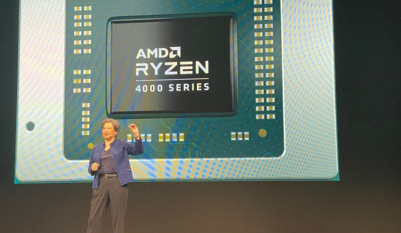 AMD CEO Lisa Su shows off a Ryzen 4000 laptop processor.