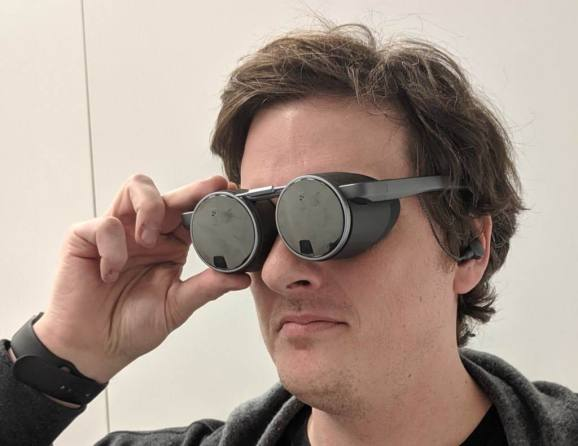 Panasonic's specs deliver VR without a bulky headset. It's a prototype.