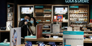 Global smartphone sales fell 14% in February due to coronavirus