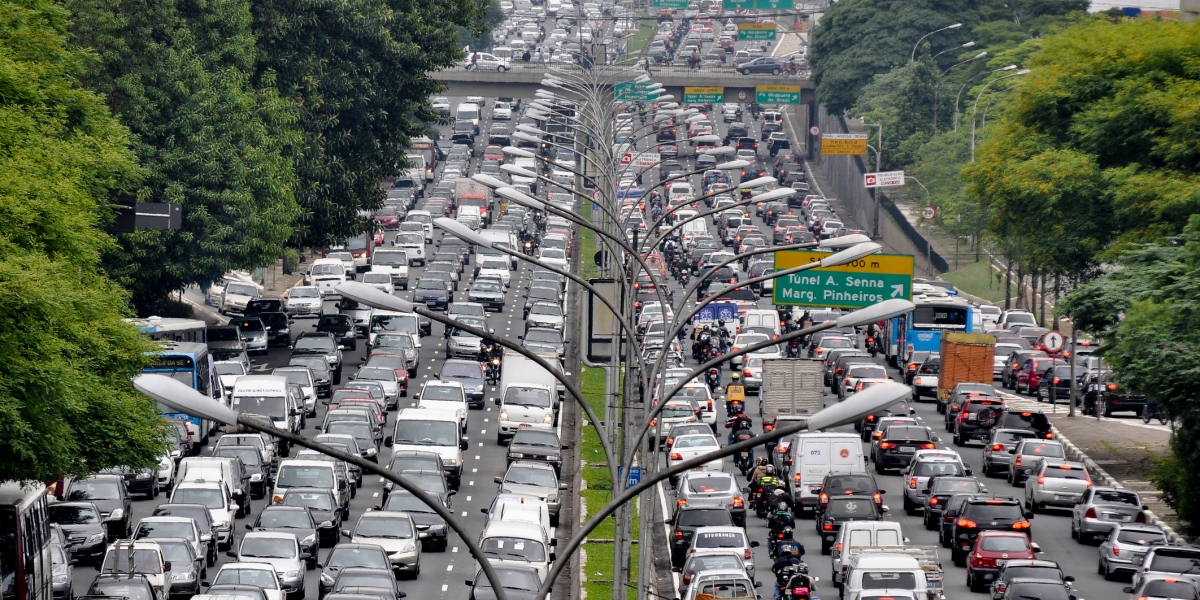 Bumper to bumper traffic in both directions on highway at Avenida in São Paulo, Brazil.