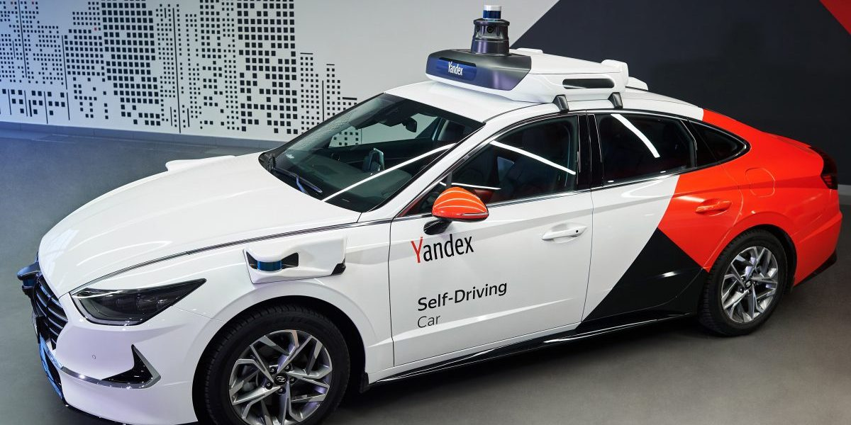 Yandex and Uber spin out self-driving venture with $150 million investment thumbnail