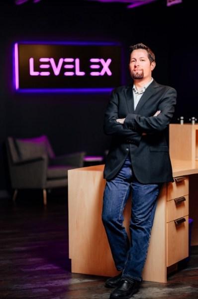 Sam Glassenberg es CEO de Level Ex. [19659008] Sam Glassenberg es CEO de Level Ex.