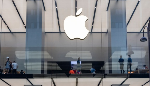 Apple store seen in Hong Kong. (Photo by Budrul Chukrut/SOPA Images/LightRocket via Getty Images)