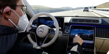 Mercedes targets evolution rather than revolution in self-driving car push