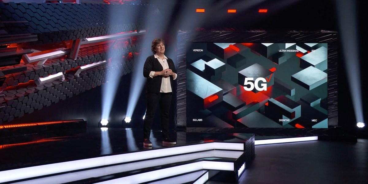 Nicki Palmer of Verizon on the E3 stage.