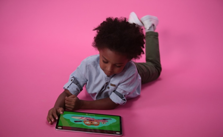 Lingokids makes learning games for kids.