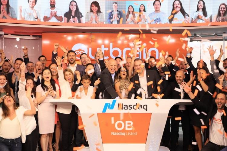 Outbrain celebrates its IPO.