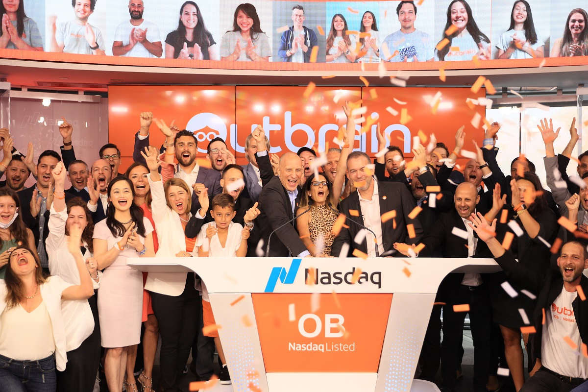 Outbrain raises $160M in IPO at $1.25B valuation for news link recommendations - venture beat